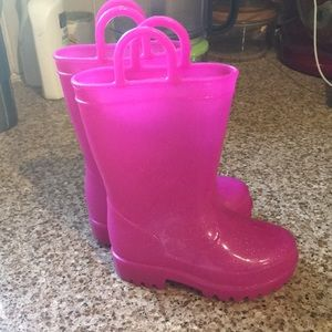 Size 5 girls Capelli rain boots - pink sparkle